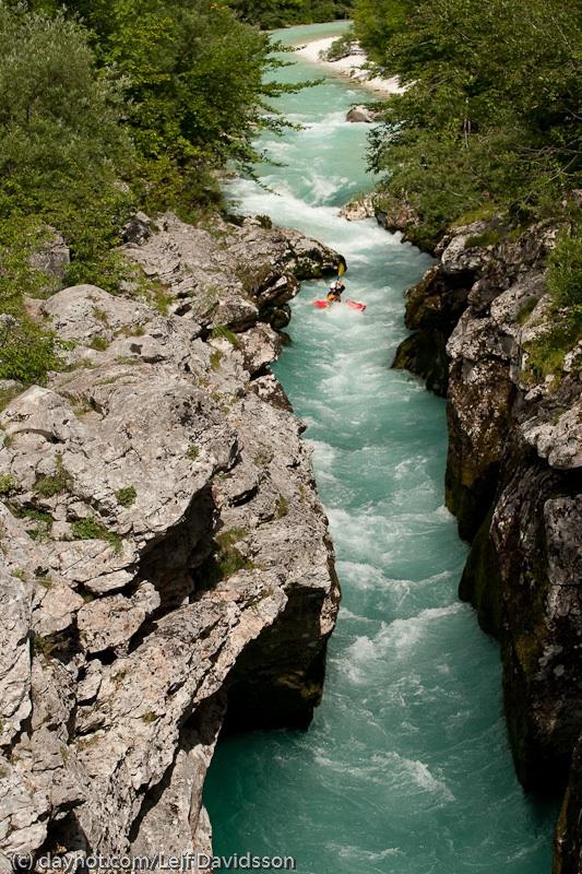 """En av Socas """"Gorges"""" svinkallt vatten då det kommer direkt från glaciären, men väldigt vackert"""